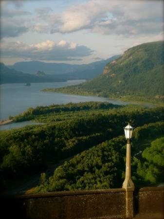 Corbett, OR: View from Vista House of the Columbia Gorge, OR