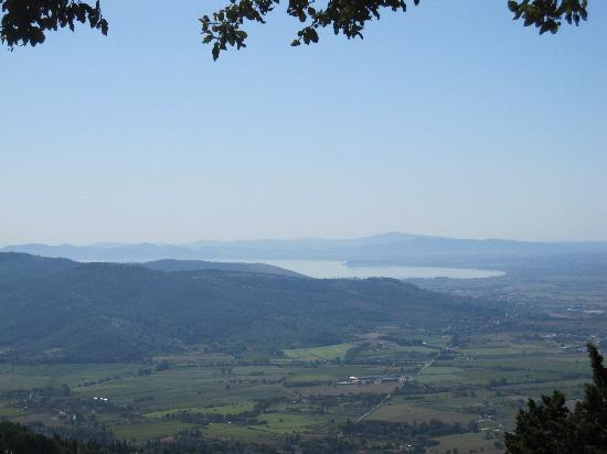 Le Gelosie Bed and Breakfast and Apartments: View from Cortona