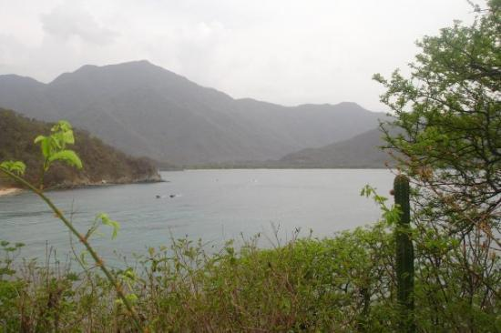 how to get to tayrona from santa marta