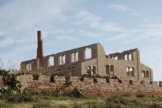 Alte Ziegelfabrik zwischen Marina di Modica und Sampieri
