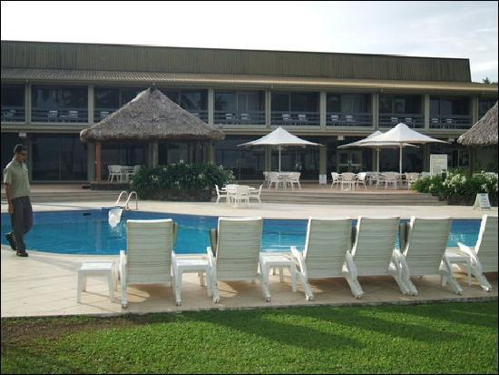 Holiday Inn Suva: The Poolside