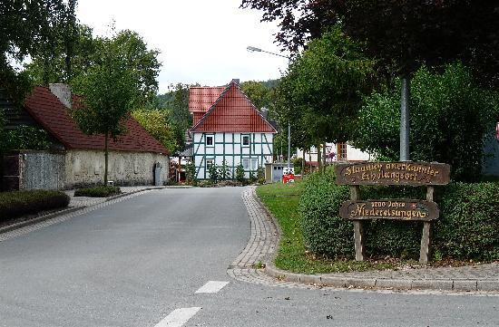 Niederelsungen, Niemcy: village entrance from Zierenberg side