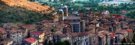 Frosinone, Italia: Piglio (FR) - Vista dalla strada per gli Altipiani di Arcinazzo