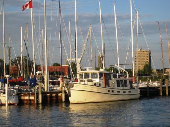 Port Huron (MI) United States  city photo : ... United States and Canada in Port Huron, MI. Picture of Port Huron
