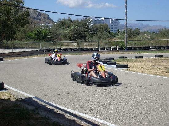 BelleVue Club: Go-Karts