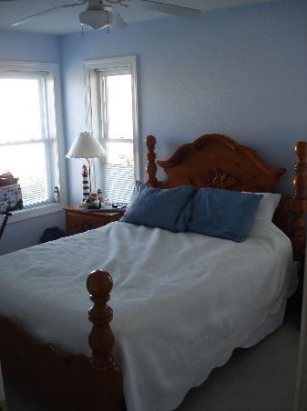 Sandbar Bed & Breakfast: The Lighthouse Room