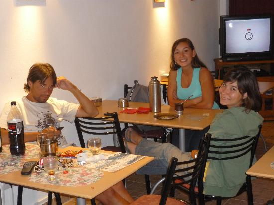 Anochecer Andino: Dieguis, Sole y Cris