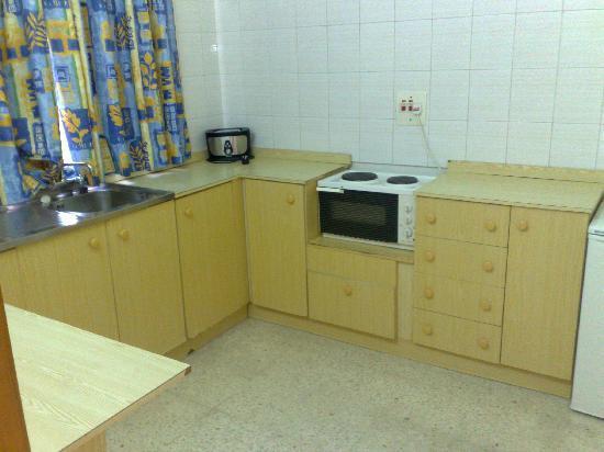 Dragonara Apartments: The kitchen