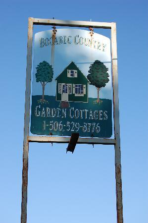 Bocabec Country Garden Cottages: Entrance