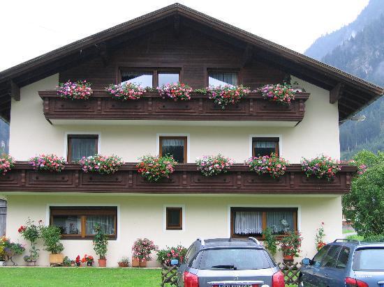 Bach im Lechtal, Österreich: Our favourite guesthouse