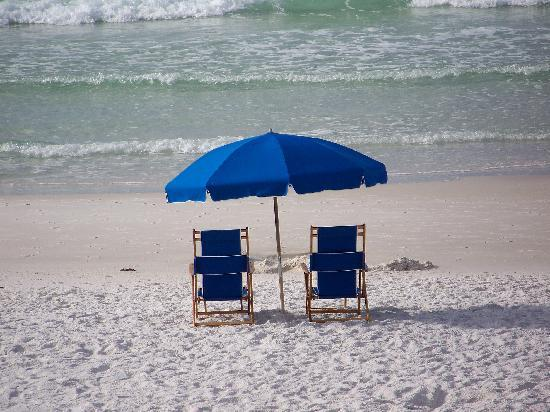 Sea Oats Motel: ahhh...our chairs!