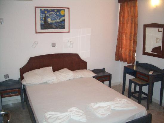 Hotel Stefan Village: main bedroom