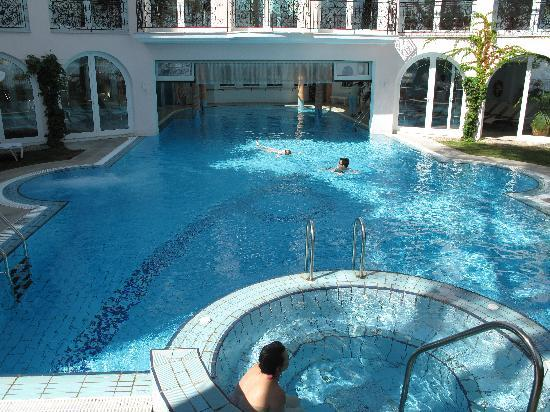 Hotel Miramar: Swimming pool
