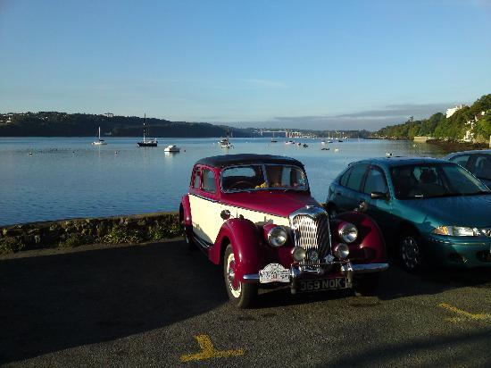 Menai Bridge, UK: View from the front of the hotel