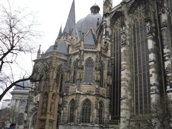 Treasury of Aachen Cathedral: Aachen church very ancient city