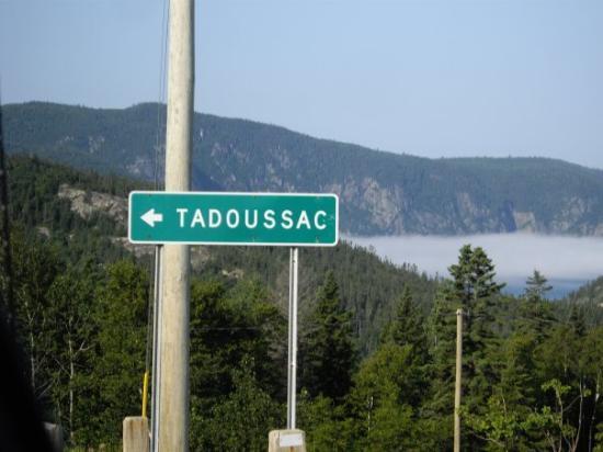 Le panneau tadoussac photo de tadoussac qu bec for Auberge maison hovington