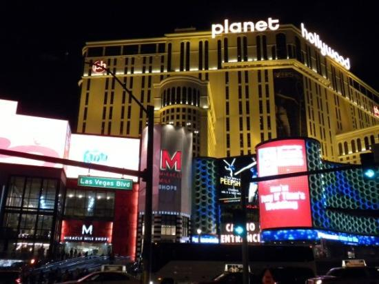 Interior - Picture of Planet Hollywood Resort & Casino, Las Vegas - Tripadvisor