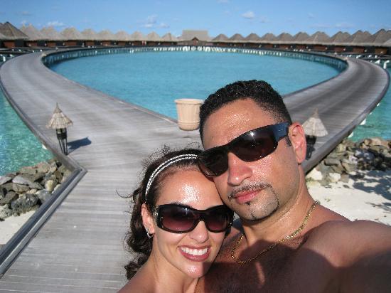 Taj Exotica Resort & Spa: walkway to the lagoon villas