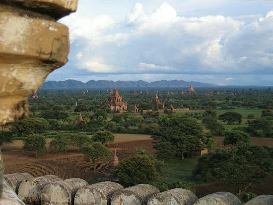 Bagan Thiripyitsaya Sanctuary Resort : Sunset auf der Pagode neben dem Hotel