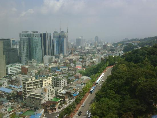 Millennium Seoul Hilton: the view from my window (left)