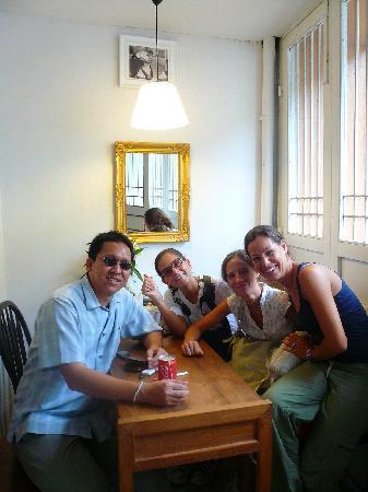 Samsen 5 Lodge: worapan & us
