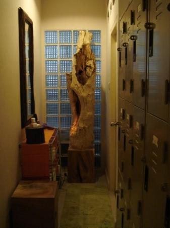 69 Guest House & Sauna : Locker