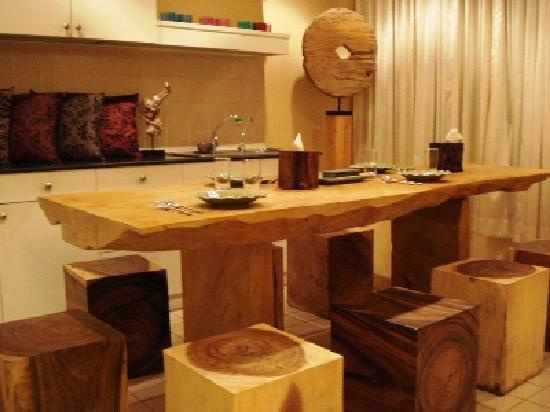 69 Guest House & Sauna : Dinning room