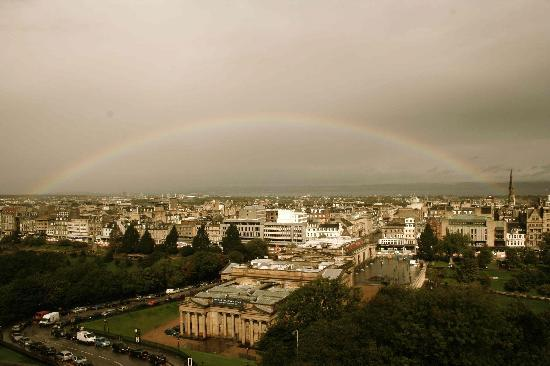 Capital View Apartments: A rainbow view of the city from our room!