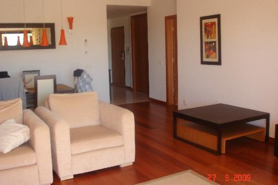 Hotel Baia da Luz: HALF OF THE LOUNGE AREA