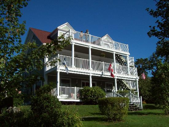 Arbor View Inn: Arborview Front