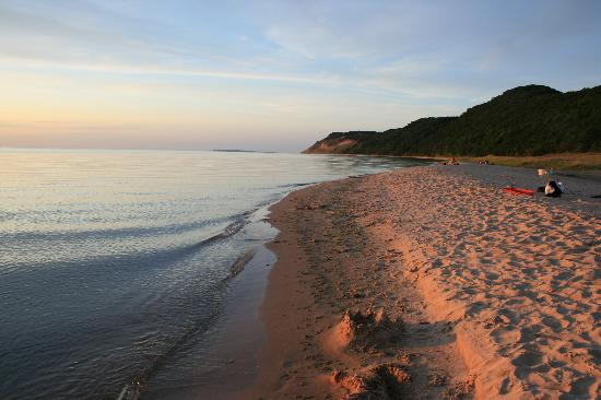 Maple Lane Resort: Sunset at Lake Michigan