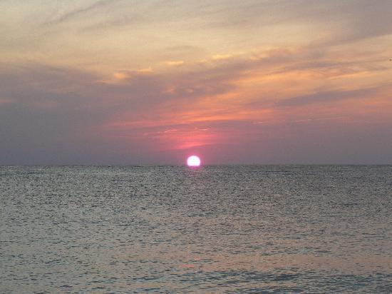 Hostal Roca Plana : tramonto