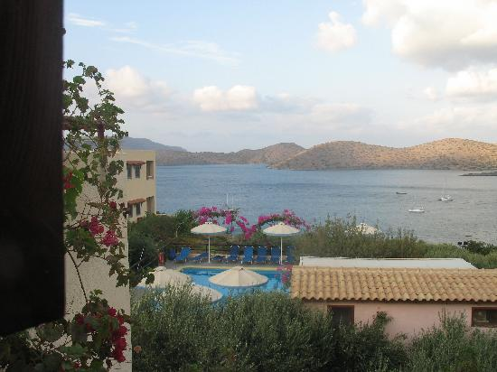 Elounda Heights Apartments and Studios: View from Pan
