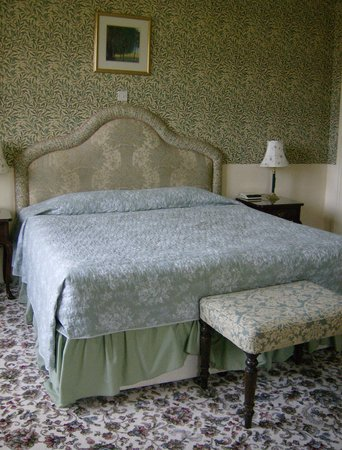 The Manor: Our room