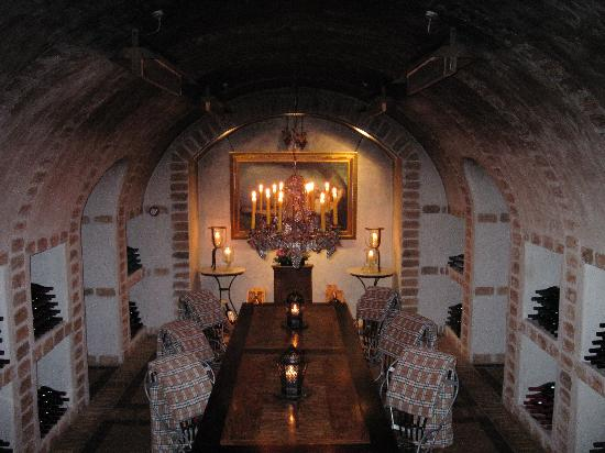Huka Lodge: the wine cellar we had dinner