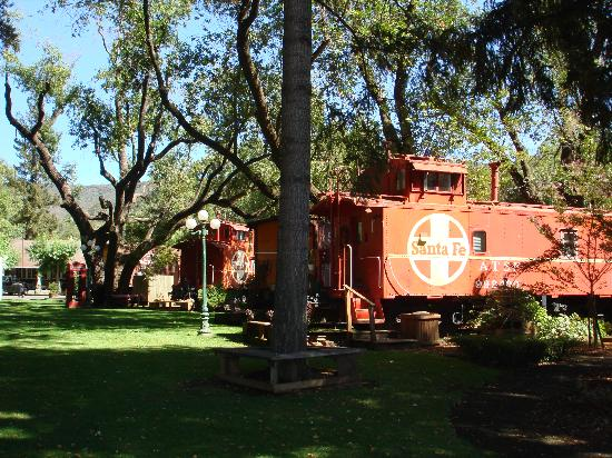 Featherbed Railroad Bed & Breakfast Resort: The wonderful Featherbed Railroad