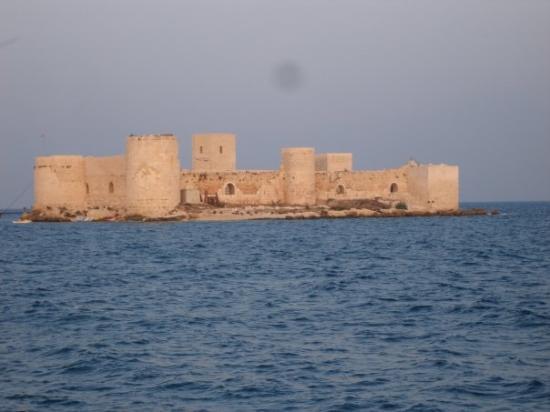 Mersin, Türkiye: maiden's castle