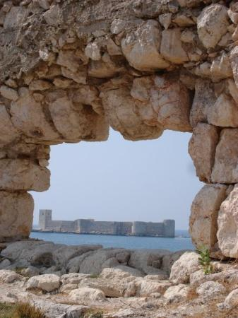 Mersin, Türkiye: maiden's castle from the inside of korykos castle