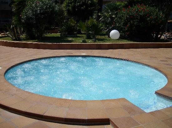 jacuzzi exterior Picture of Hotel Garbi Ibiza Spa Playa den