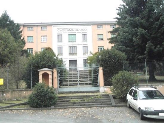 Silandro, Italie : Facciata caserma DRUSO