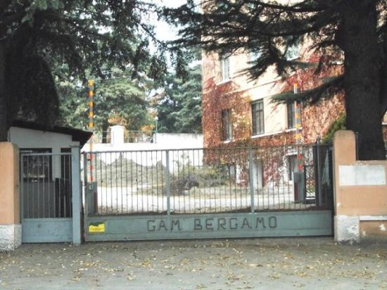 Silandro, Italie : Parta carraia caserma