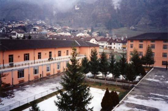 Silandro, Italie : Palazzina mensa e spaccio