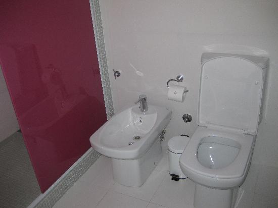 Own Palermo Hollywood: Bathroom