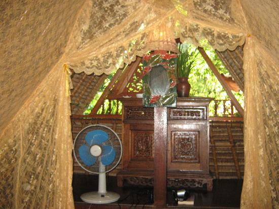 Shankari's Bali Retreat: Room upstairs