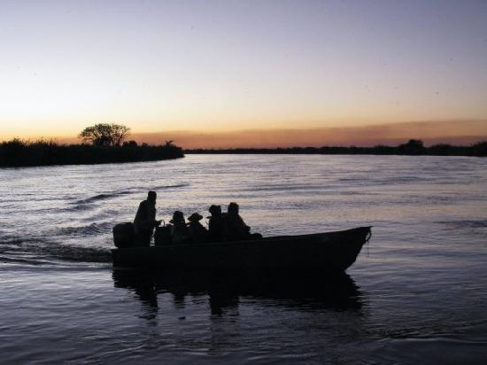 Botswana: Sunset boat trip