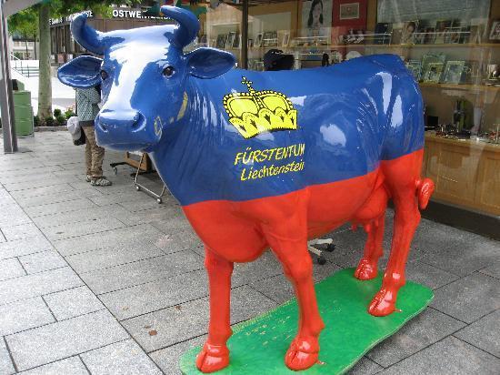 Liechtenstein : 国旗柄
