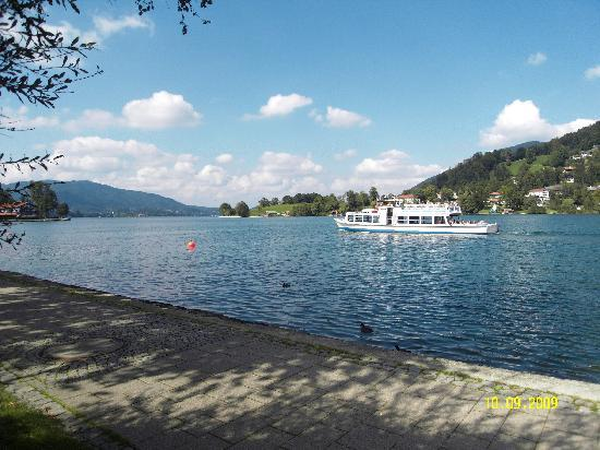 Tegernsee, Allemagne : Take a tour by boat