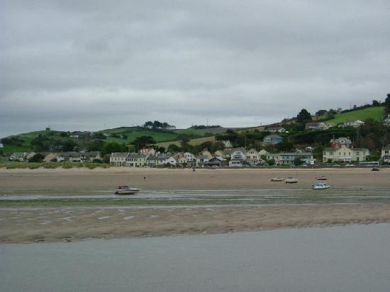 Raleigh House: estuary at Appledore
