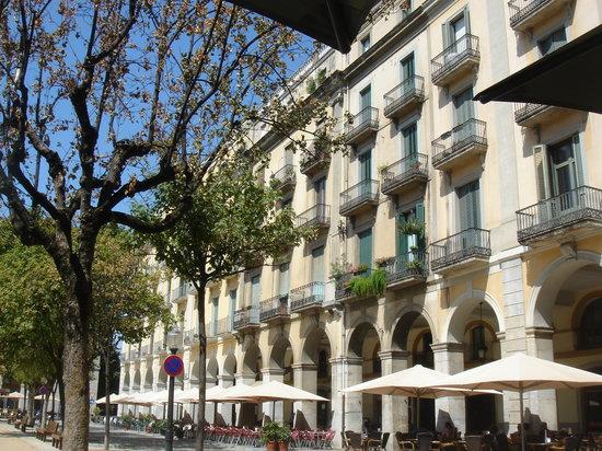 Hotel Museu Llegendes de Girona: Girona: Plaça Independència