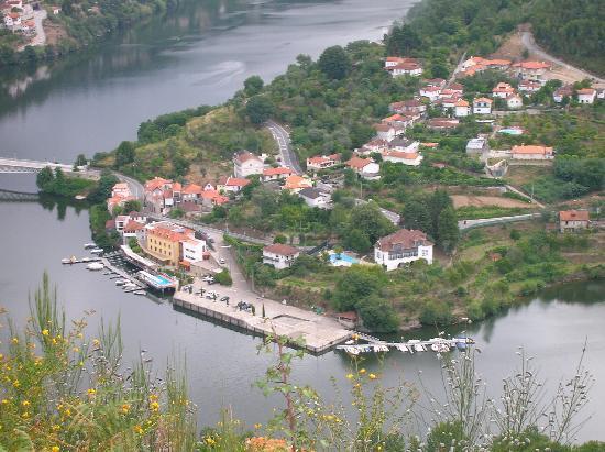 Cinfaes, Portugal: Site de l'hôtel (en jaune)